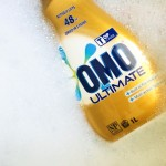 Dirty washing with Omo Ultimate and Bathroom facts with Jif Easy Lift.