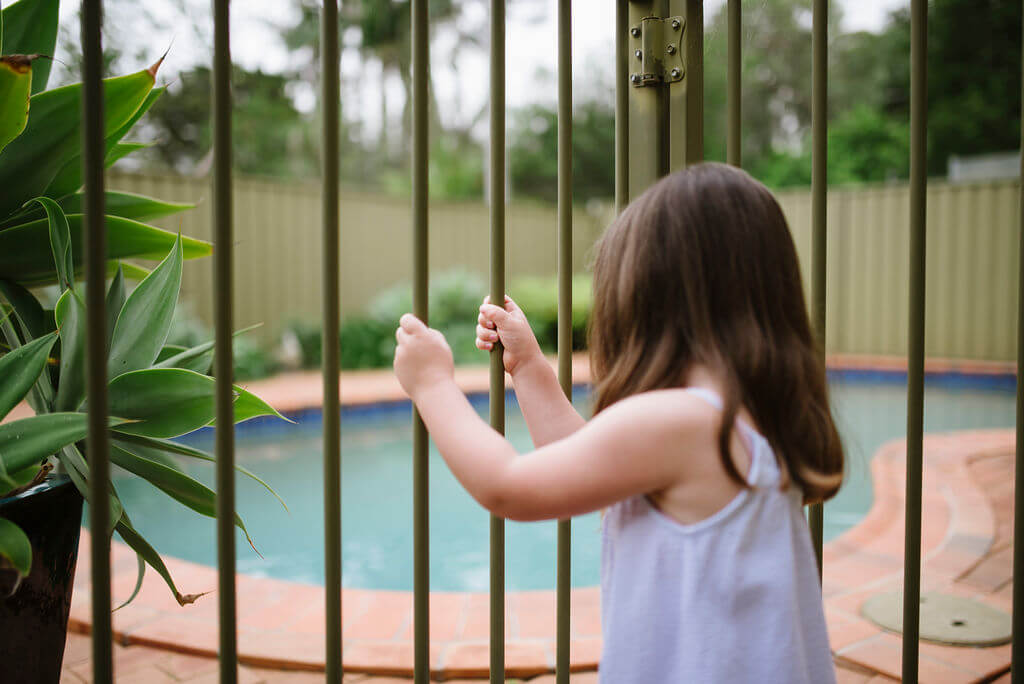 5 ways keep your swimming pool safe
