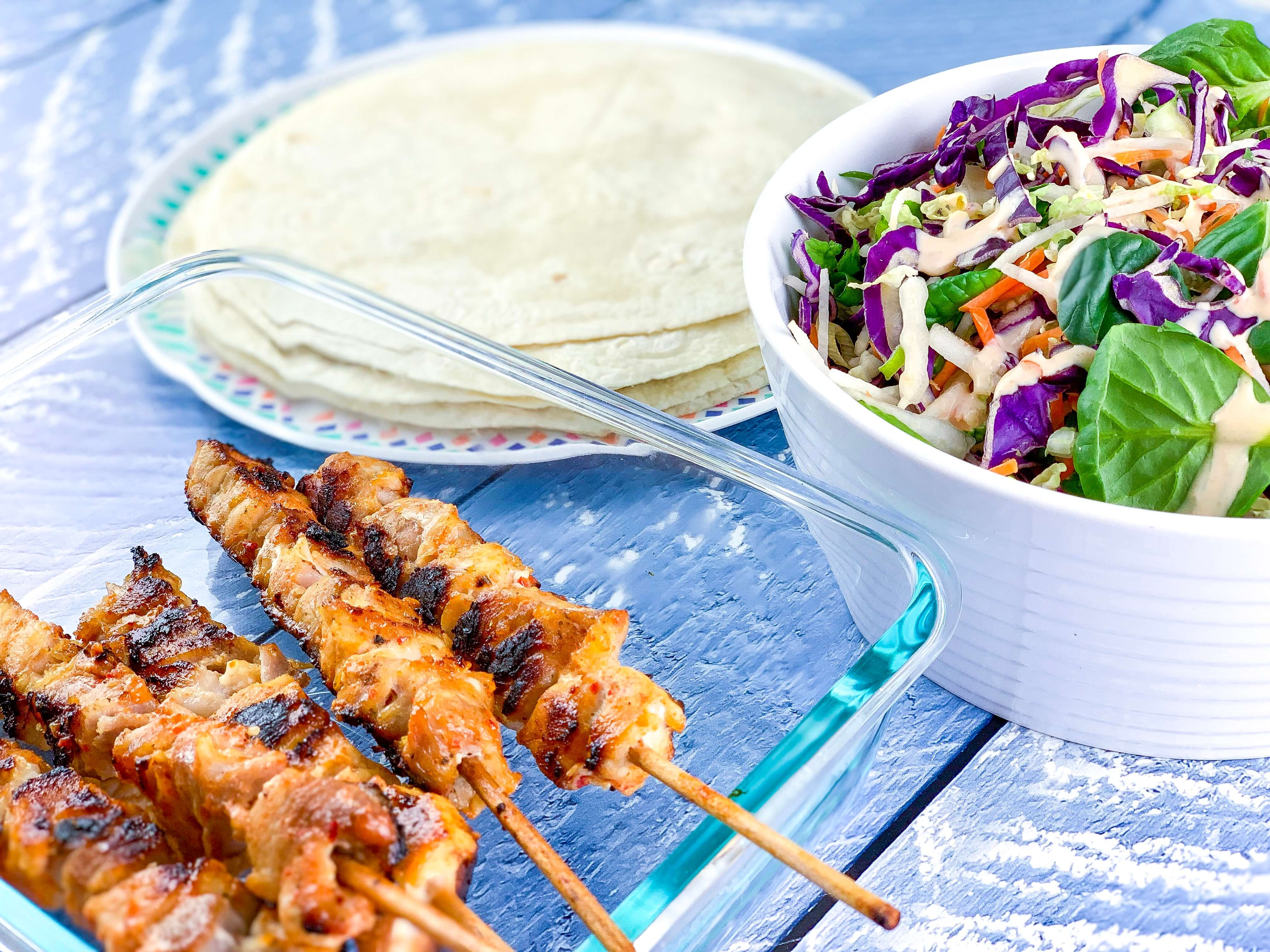 easy camping dinners - sweet chilli chicken wraps